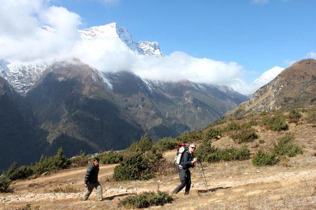 Anita på vandring i Nepal