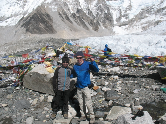 Joakim & Saran  i Everest Base Camp
