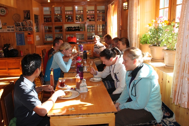 Middag i Namche
