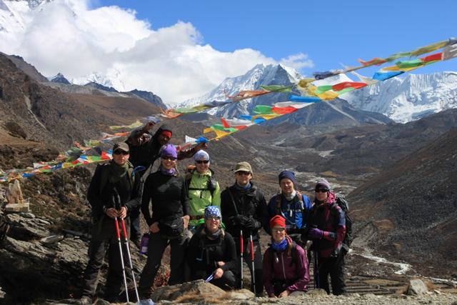 "Alla Expeditionsmedlemmar inklusive vart ""support team"" (Joakim& Rikard) framfor Island Peak"