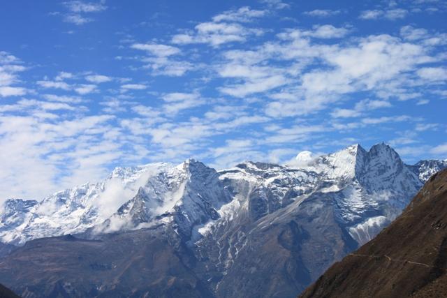Vacker trekking i Nepal, Himalaya