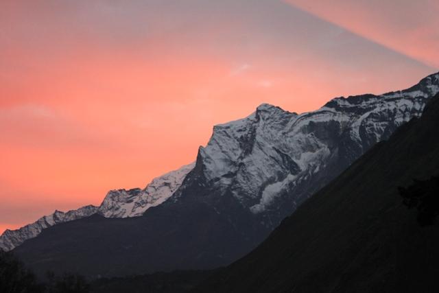 Solnedgang i Phortse