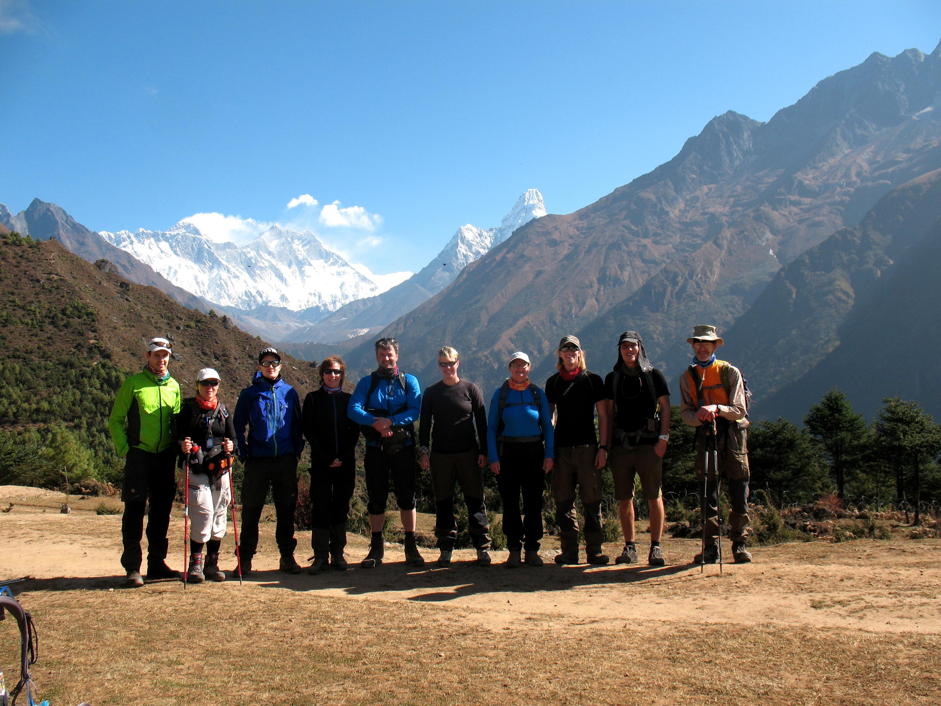 Everest Base Camp & Island Peak gänget på acklimatiseringstur i Namche!