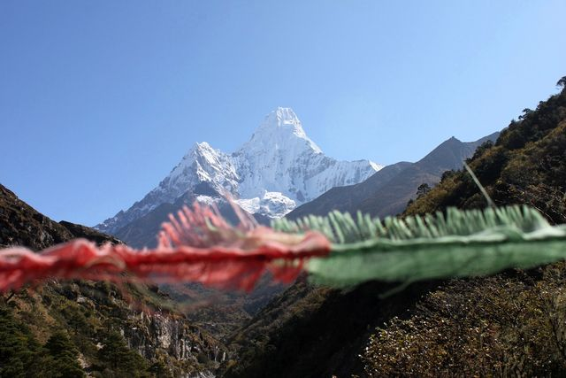 Ama Dablam i all sin glans!