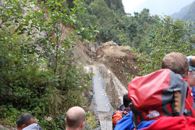 Bron vid chepplung var dock inte i lika bra skick!  Monsunens verk!