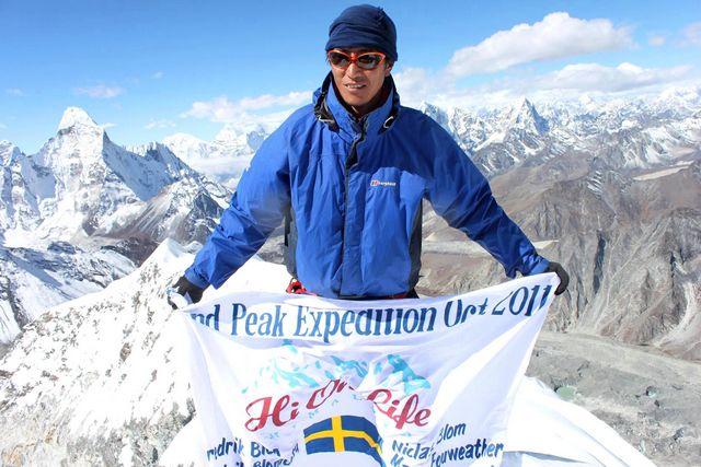 """Vår klättersherpa Mingma Tsering Sherpa, vars normala """"kontor"""" är Mount Everest!"""