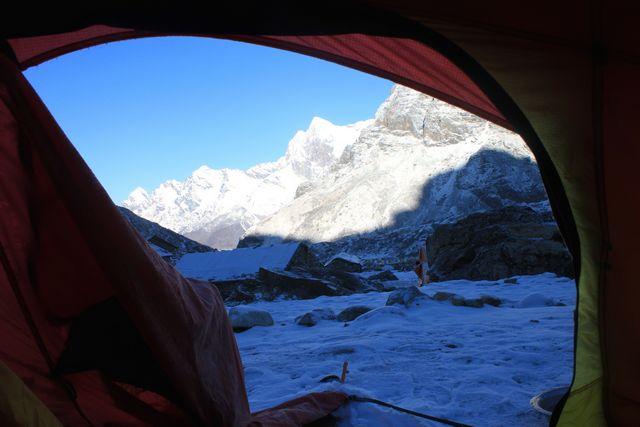 Solnedgång utanför mitt tält i Khare