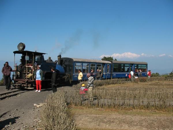 """Vi tog självklart en tur med """"Himalayan Toy Train"""" som är listat som världesarv"""
