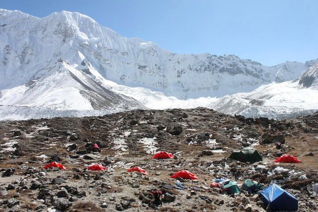 Hi On Life i Island Peak Base Camp!