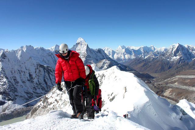 Hi On Life climbing Island Peak