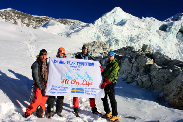 We did our best - and we reached 6000 meter.  Not bad that either, looking at the conditions...
